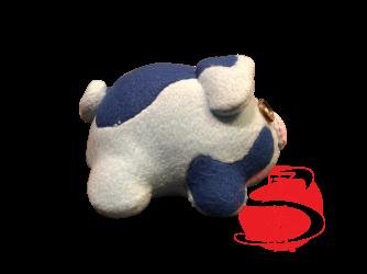 blue pig plush-right.png